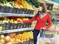 Серед фруктів найдешевшими є яблука та апельсини