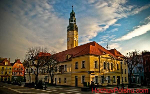Зелена Гура – небольшой городок в Польше
