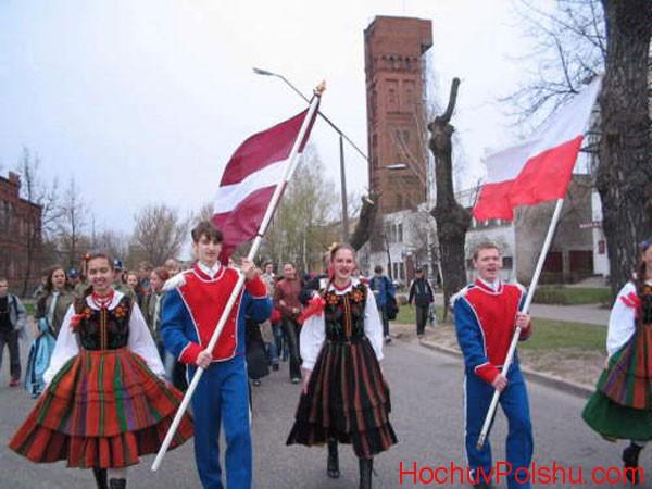 Вихідні дні 2019 в Польщі