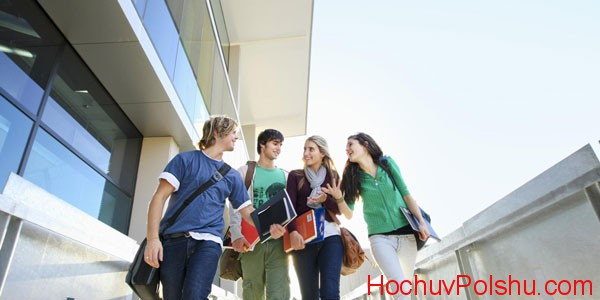 Студенты, обучающиеся в Польше