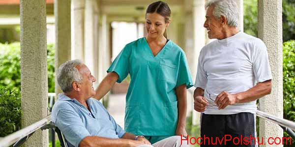 уровень зарплаты медсестер