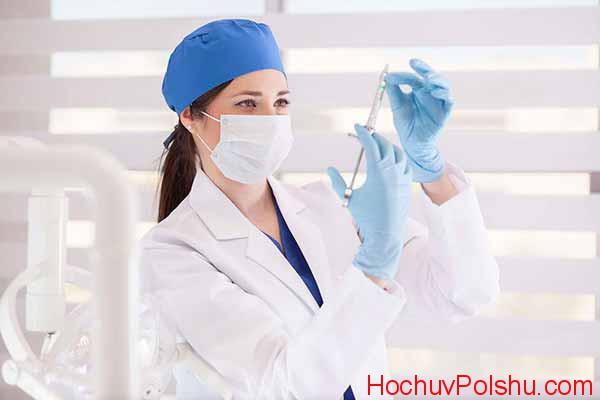 много свободных вакансий медсестер
