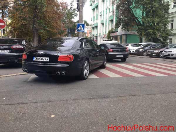 Чи варто купляти не розмитнену машину в Україні