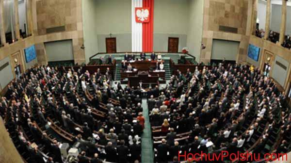 польское государство продолжает свое непреклонное развитие