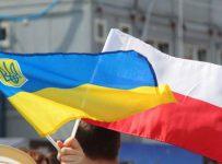 в Польшу едет все больше и больше жителей Украины