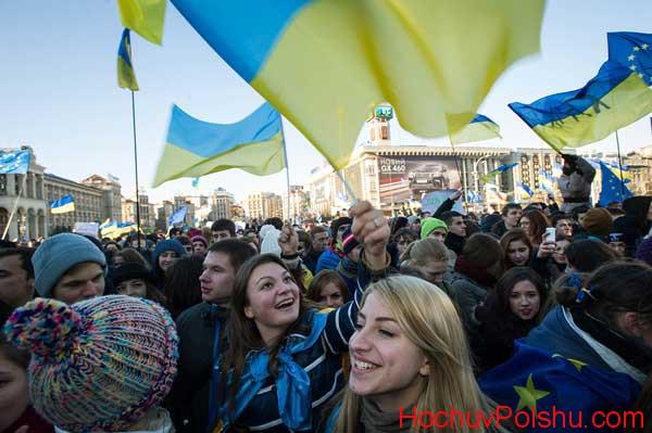 в Польше проживает более миллиона украинцев