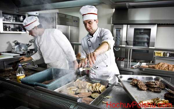 Перспективы в работе поваров для украинцев